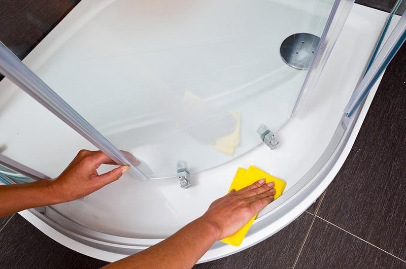 Как помыть душевую кабину